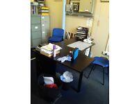Office Desk (READ DESCRIPTION)