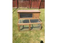 Rabbit hutch / run