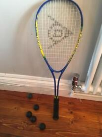 Squash racket (power drive) + 5 balls