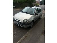 Renault Clio- great first car! Long MOT and low mileage
