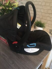 Mothercare car seat and isofix perfect. Indituon used for couple of months