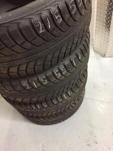 4 Gilsaved winter tires:215/55R16