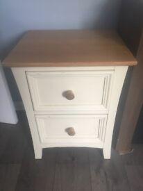 Bedside table 2 drawer
