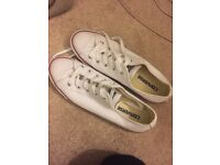 Worn once ladies converse size 6