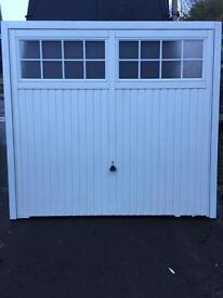 Garage door garador