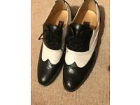 Black and white brogues - shoes - men size 9