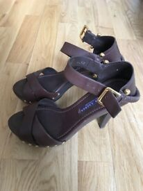 Leather sandal Ralph Lauren great condition