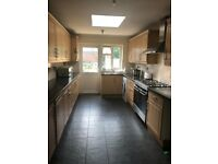 SPECIOUS 4/5 BEDROOM SEMI DETACHED HOUSE TO RENT IN HOUNSLOW