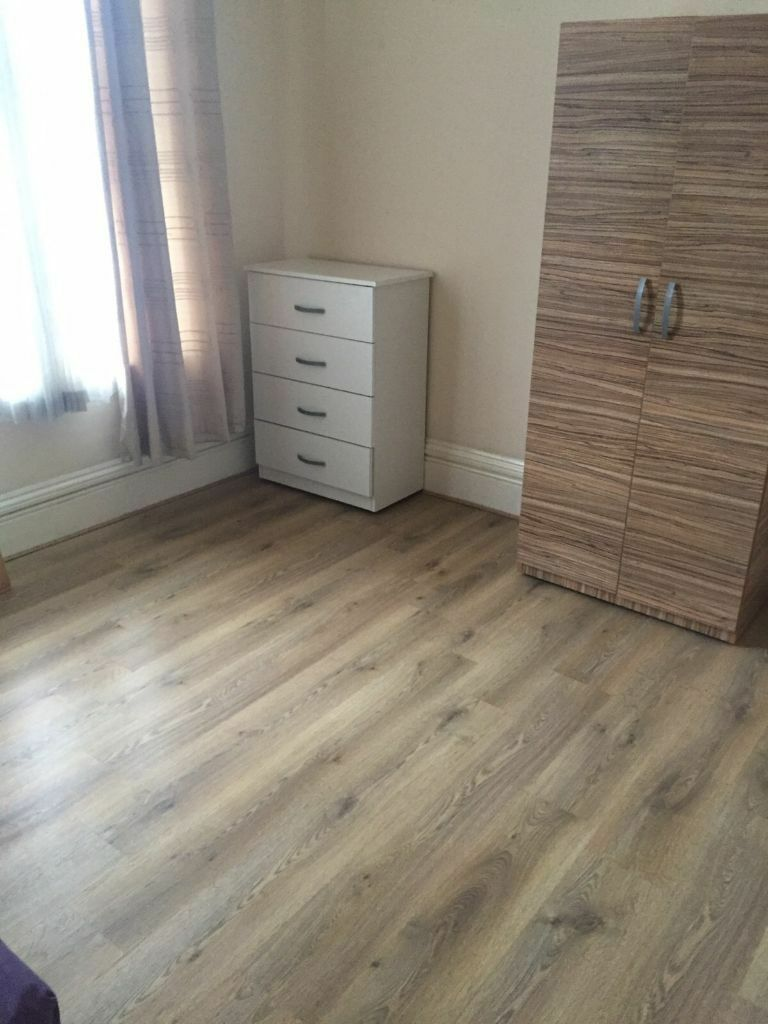 1 BEDROOM GROUND FLOOR FLAT Near SEVENKINGS(ALL INCLUSIVE)