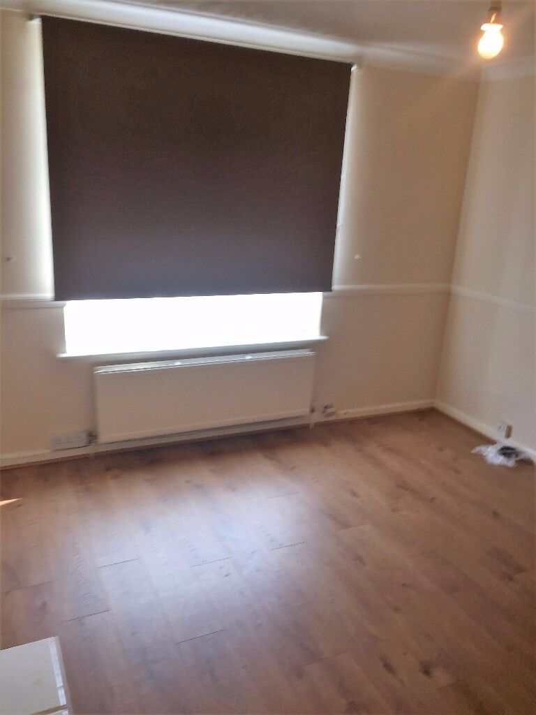 PROPERTY HUNTERS ARE PLEASED TO OFFER A MODERN 2 BED HOUSE TO RENT IN DAGENHAM FOR £1175PCM !!!