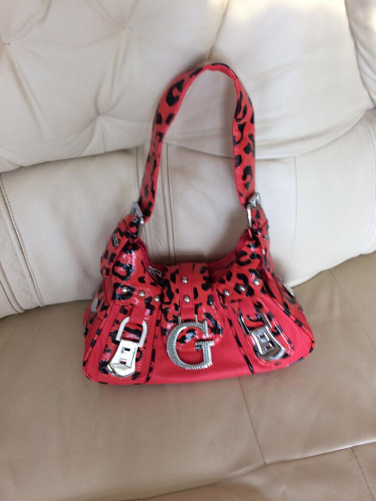 New - woman shoulder/handbag red/black