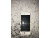 iPhone 5s 16gb cracked fully working order!