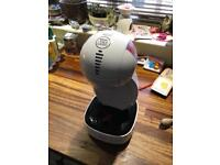 Dulce gusto - coffee machine 6m old - hardly used