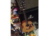 Taylor GS mini electro acoustic