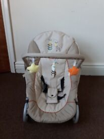 Hauck Baby Rocker and Moses Basket £25 ono