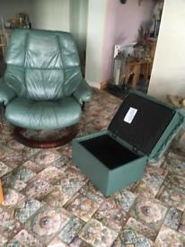Ekorness Chair and stool