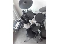 Roland td3 electric drum kit with stool and sticks