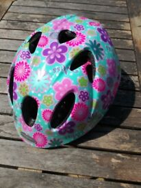 Raleigh XXS childs cycle helmet