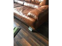 Beautiful 3 piece tan leather suite