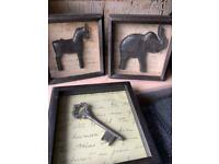 Wooden Plaques/ Pictures