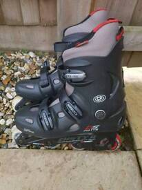 Adult Roller skates perfect cond!