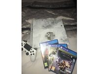 Destiny PS4 with controller, stand, and games, in great condition