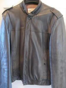 MANS GORGEOUS SOFT LEATHER LONDON FOG SPORTY BOMBER-STYLE JACKET