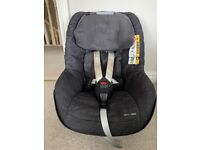 Maxi Cosi 2 Way Pearl Car Seat