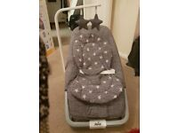 Baby Rocker and Bouncer Excellent Condition Folds flat 5 classical lullabies and Vibrates