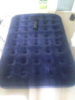 Double size mattress + pump