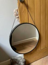 Ornate Round Hanging Wall Mirror