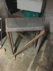 Saddle rack stand