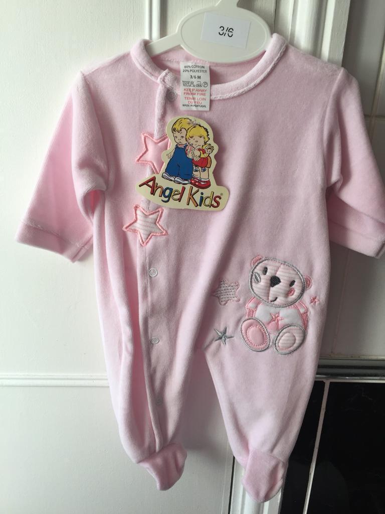 Baby's pink velour sleepsuit - Brand new