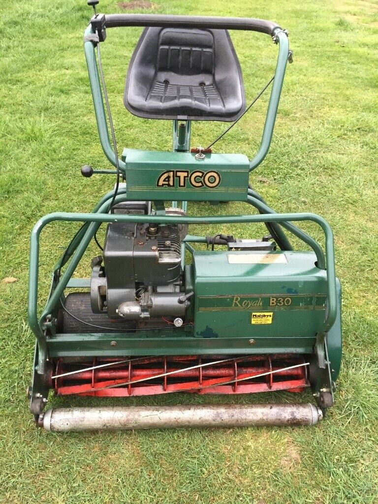 ATCO Royale B30 - 30 inch electric start ride on lawn mower in Very Good  Condition | in Whittlesey, Cambridgeshire | Gumtree