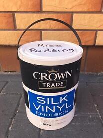 Silk Vinyl Emulsion Paint Crown Trade Rice Pudding Colour