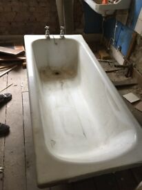 Free Cast Iron Bath - collection asap from Camberwell