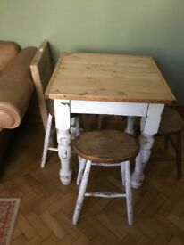 Reclaimed Pine Table and 4 Stools