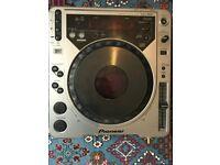 Pair of Pioneer CDJ's 800 MK2 £300