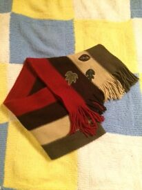 Beautiful men's scarf with leafs