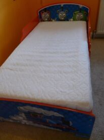 Thomas Bed 77x146cm with mattress and two cotton sheets including