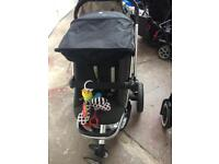 Quinny Buzz Pushchair with Rain Cover and Bag