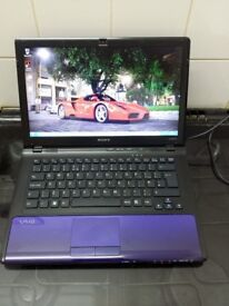 "SONY VAIO VPCCW1S1E (500gb HDD, 4gb Ram, WIN 7 Home Premium) 13.3"" LCD LAPTOP"