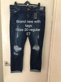 Plus Size BNWT SimplyBe Jeans size 20