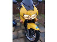 Vfr 800 yellow