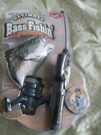 BASS FISHING GAME (Brand New & Boxed)