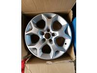 Astra 16ins snowflake alloy brand new