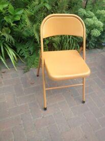 Retro folding metal chair