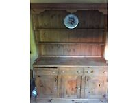 ***SOLID PINE OAK DINING TABLE WITH 6 CHAIRS & DRESSERS***