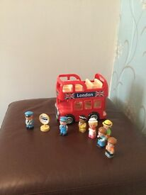 ELC Happyland London bus