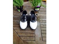 Golf shoes size 10 never worn brand new